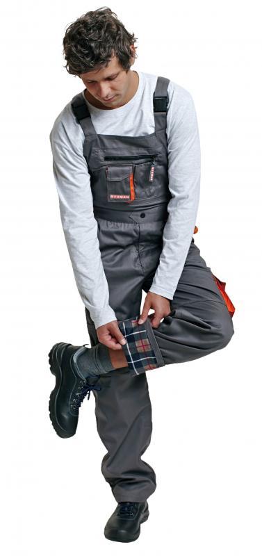 DESMAN nohavice s náprsenkou - zateplená varianta